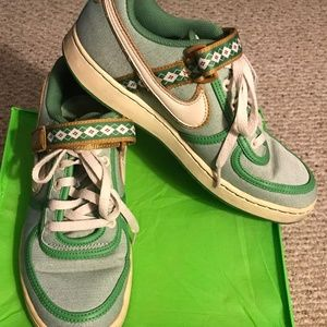VTG Nike Vandal Canvas Green Low Argyle Strap 9.5